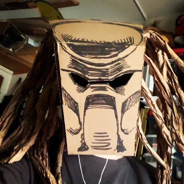 Happy Halloween everybody. It sure was an odd one. Predator mask made from one Amazon box and it's packing paper. #diycostume #predator #thepredator #gettothechoppa